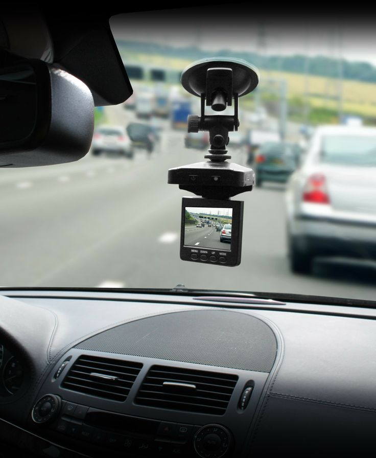 o installer une dashcam dans sa voiture. Black Bedroom Furniture Sets. Home Design Ideas
